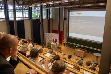 """""""Cross Clustering"""" – Bayernweit erstes Netzwerktreffen der Netzwerke"""
